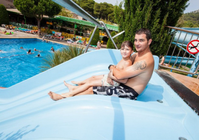 Castell-Montgri-2-zwembad